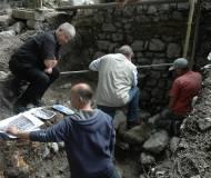 Experten analysieren die ersten Mauerbefunde